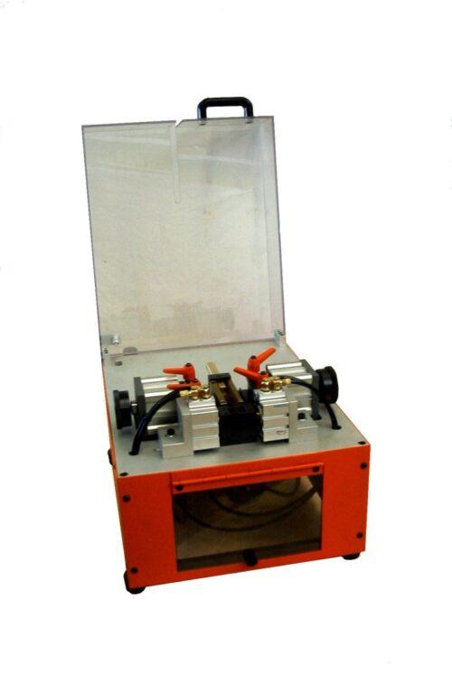 Der ISOSTEP 9/50 Pneumatische Abmantelmaschine