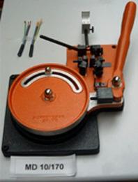 Abmantel / Abisoliergerätgerät MD 10 / 170 Manuelle Abmantel- und Abisoliermaschine