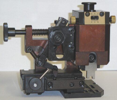 Crimpwerkzeug mechanischer Quertransport - LEER - mit Feineinstellkopf
